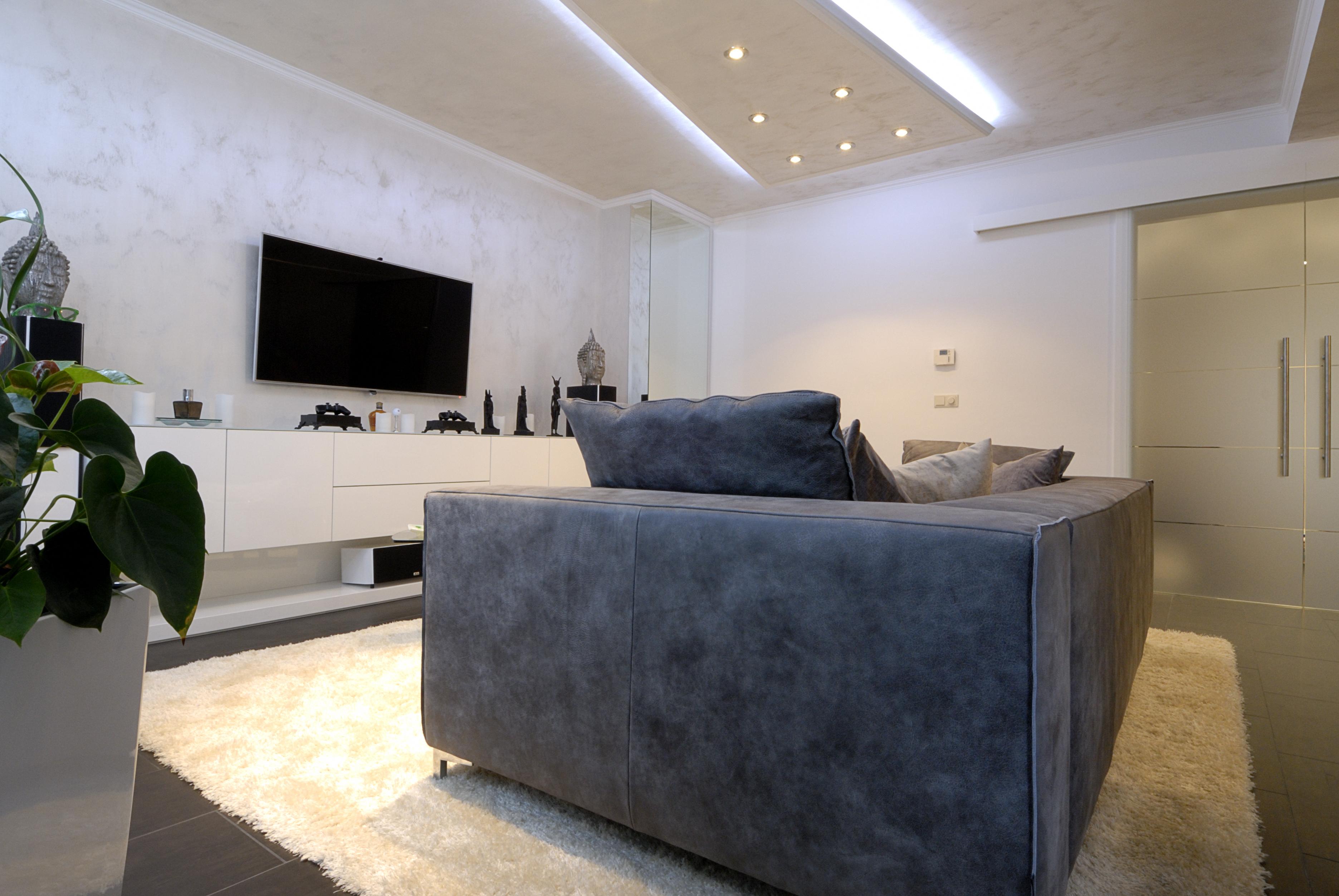 wohn und schlafzimmer in einem raum inneneinrichtung und m bel. Black Bedroom Furniture Sets. Home Design Ideas